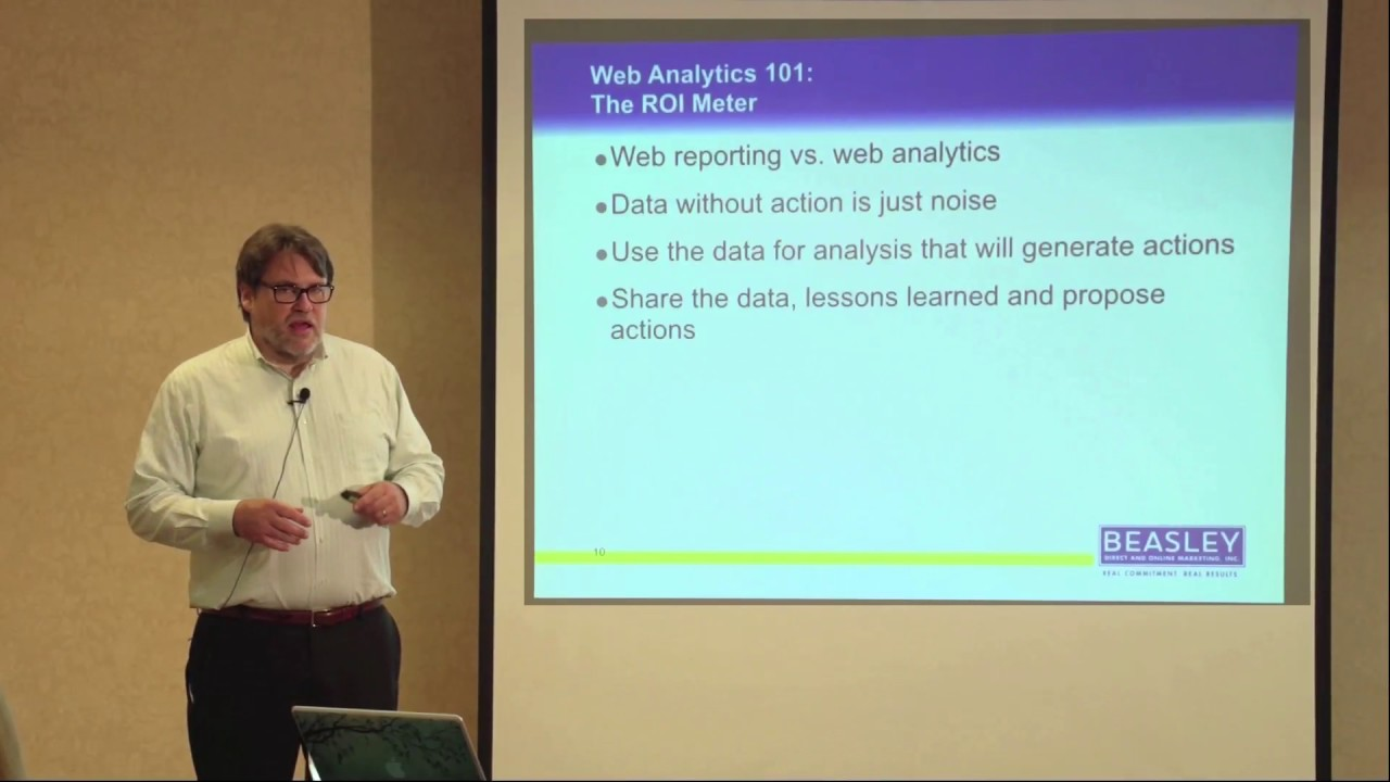 The Difference between Web Reporting and Web Analytics